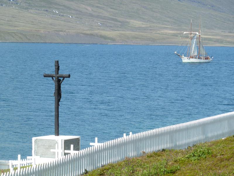 L'Etoile sortant de Faskrudsfjordur