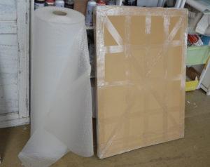 Des emballages solides pour l'expédition.